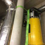 東京都足立区の学校にて空調設備の改修の為、X線探査、コア穿孔工事です。